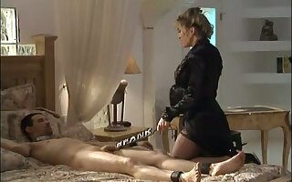 This babe loves being a kinky feathers and she loves to punish her clients