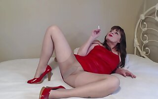 Slutty In A Red-hot Dress Smoking Charm - TacAmateurs