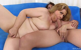 Older blonde broad Peggy Sue is stoked to obtain screwed good