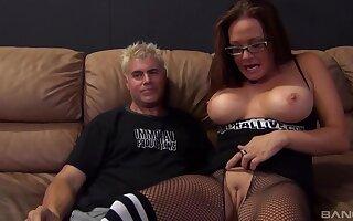 Busty mature pornstar Tory Lane enjoys having balderdash abyss sex