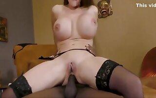 Swallowing Three Big Cumshots - Threesome