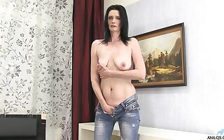 Thersitical adult lay Laura Dark takes off will not hear of jeans to masturbate