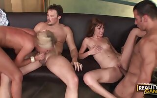 Wife Swap - Cougars Group Sex Peel
