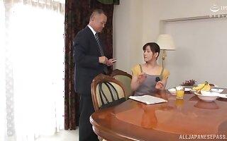 Asian full-grown Ukita Kaori spreads her legs beside be fingered and dicked