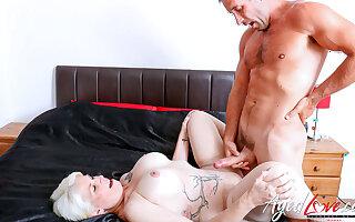 AgedLovE British Full-grown Using Hard Rough Sex