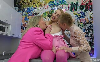 Kinky old and young lesbian threeway with cute Jane Darling