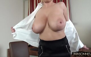 Ewa Sonnet - very mature secretary takes off her blouse in rub-down the office