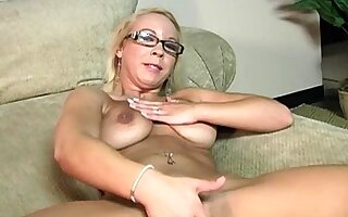 homemade dabbler close hither fucking coupled with cumshot