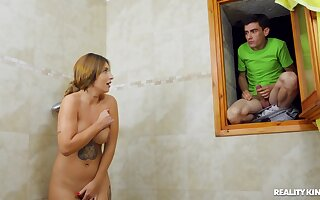 Teen lad fucks his stepmom after spying on her handy the shower