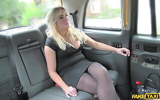 Amateur strips for cock in her first fake taxi tryout