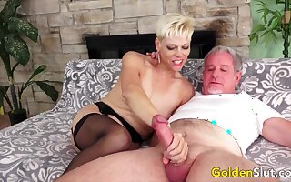 Cock hungry mature women and GILFs enjoy sucking thick and stiff dicks so good