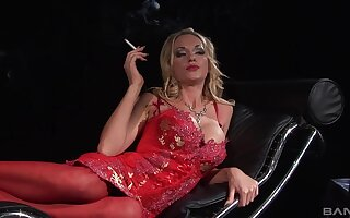 Stunning blonde Paige Ashley seduces a guy and makes him jizz