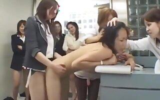 Japanese lesbians run a train