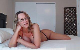 Sexy Webcam Big Thick Ass White Milf