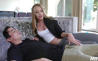 19 yo virgin dear boy enjoys meeting his young stepmom Jeanie Marie Sullivan