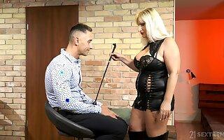 Mature escort mistress Anna Valentina bangs young filial dude