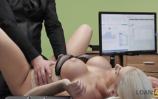 Busty blonde secretary with fat booty Blanche is banged doggy superciliousness