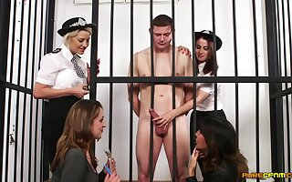 Prisoner approximately a large blarney enjoys property blowjobs by 4 babes